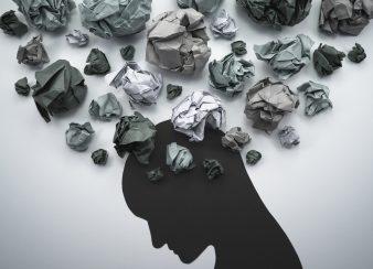 imagem dos problemas poluindo a mente de alguém com ansiedade
