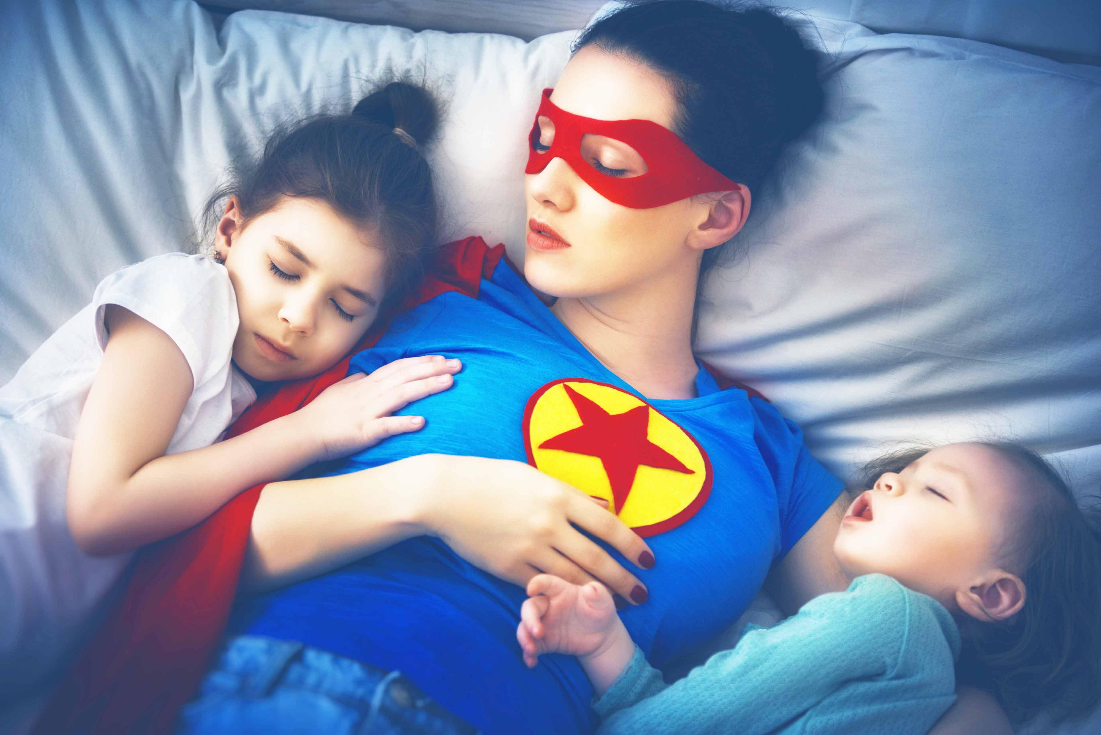 Invisibilidade: mães exaustas e em crise de identidade