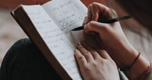 escrita emoções